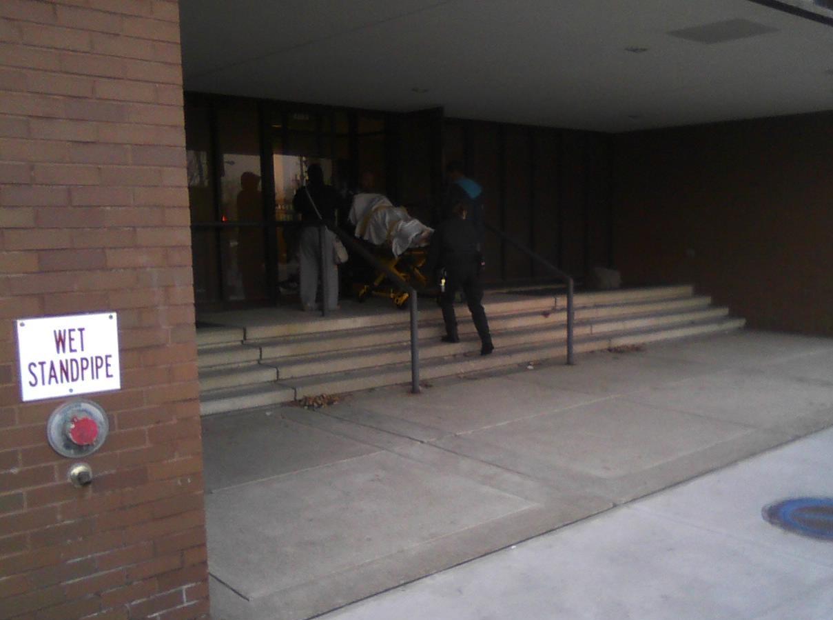 ClevelandSurgicenter-WomanonGurney-12-1-2012