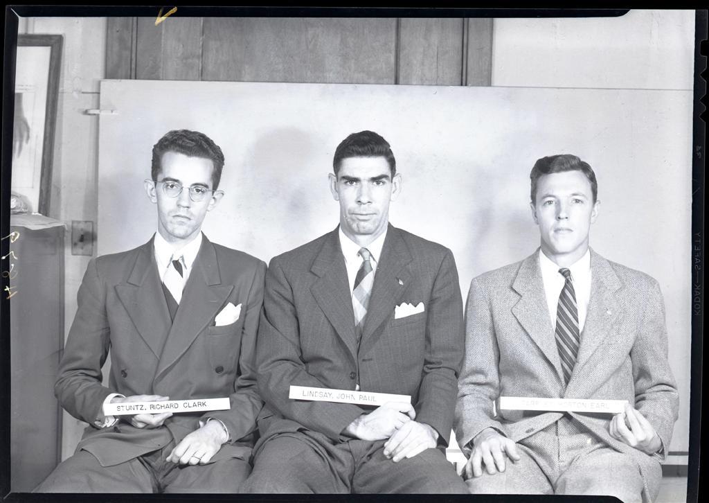 Stuntz, Richard C. - Stuntz, Lindsay, Tarpley (L to R) med school photo