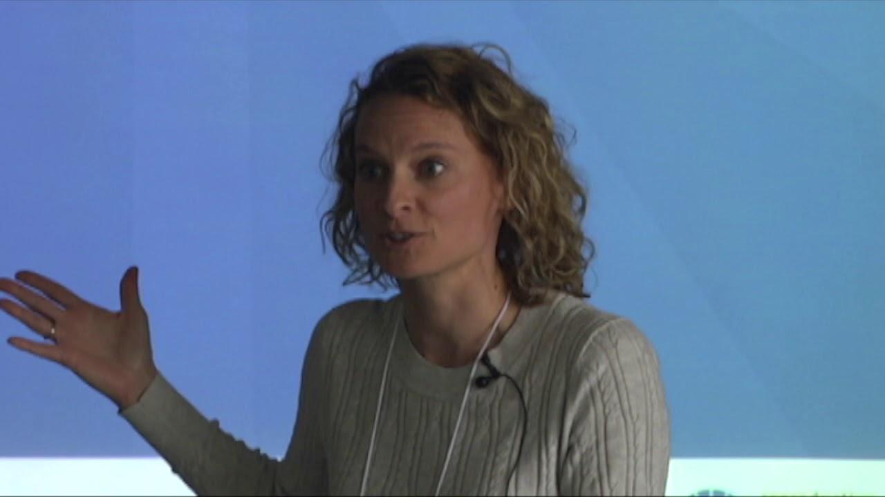 Romanos, Catherine - pic - aka Caroline Romanos - YouTube pic